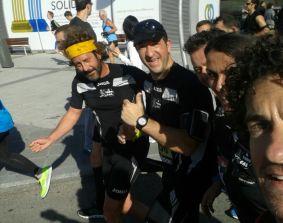 Fran acompaña a los maratonianos